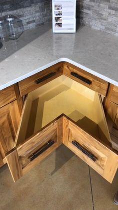 Kitchen Pantry Design, Diy Kitchen Storage, Modern Kitchen Design, Home Decor Kitchen, Interior Design Kitchen, Kitchen Drawers, Kitchen Furniture, Smart Kitchen, Interior Modern
