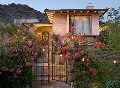 Suzanne Somers' Property in Palm Springs