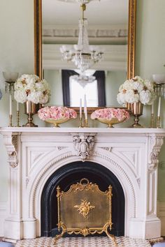 leclassygirl Classic Fireplace, White Fireplace, Traditional Fireplace Mantle, Over Fireplace Decor, Fireplace Mantels, Fireplace Design, Decorative Fireplace, Fireplace Cover, Fireplace Ideas