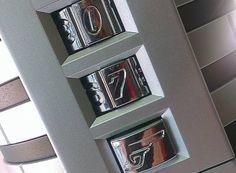Bollinger James Bond 002 voor 007 geschenkbox met cijferslot #champagne #geschenk Bollinger Champagne, James Bond, Shelves, Home Decor, Shelving, Decoration Home, Room Decor, Shelving Units, Home Interior Design