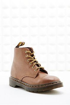 Dr. Martens Rugged 6-Eyelet Boots in Tan