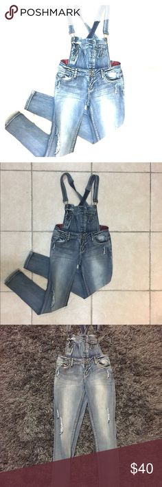 Women Lightly Distressed Denim Overalls PRODUCT DETAILS: * Size 9 * 80% Cotton, 18% Polyester, 2% Spandex  * Never worn Hot Kiss Jeans Overalls