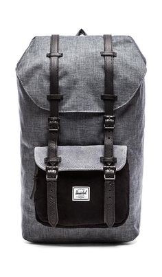 "Sac à dos noir ""Heritage backpack in ranch"" de Herschel, 110€, chez Urban Outfitters"