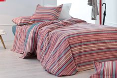 www.lamallorquina.es Comforters, Blanket, Bed, Home, Creature Comforts, Quilts, Blankets, Stream Bed, Ad Home