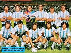Argentina team group at the 1993 Copa America tournament. Argentina Football Team, Argentina Team, Argentina Soccer, Argentina National Team, Bolivia, Baseball Cards, Champion, Looney Tunes, Vr