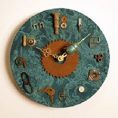 Steampunk Beetle Art wall clock from 35 mm film canister Steampunk Bathroom, Victorian Fabric, Steampunk Clock, Wall Clock Design, Clock Wall, Diy Clock, Clock Ideas, Cool Clocks, Home And Deco