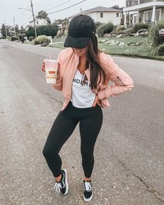 45 Amazing Winter Outfits for School You'll Love Outfits 2019 Outfits casual Outfits for moms Outfits for school Outfits for teen girls Outfits for work Outfits with hats Outfits women Casual Outfits For Moms, Winter Outfits For School, Outfits With Hats, Casual Winter Outfits, College Outfits, Spring Outfits, Trendy Outfits, Fashion Outfits, Womens Fashion