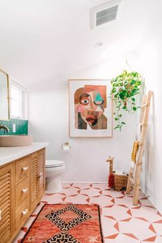 Inside a Bathroom Makeover With Bright Green Tiles Boho Bathroom, Bathroom Wall Art, Diy Bathroom Decor, Bathroom Interior, Room Decor Bedroom, Master Bathroom, Bathroom Ideas, Bathroom Makeovers, Bathroom Organization
