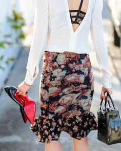 """Kyleigh McCollam on Instagram: """"Love midi skirts on other people but hate them on yourself? I got you covered! Head over to the blog to see my tips on how to style them perfectly for you (link in bio). ❤️ @kaunishetki photo / Sign up at @shopstyle & like this photo for outfit detailsshopstyle.it/dxWmz #floral #lace #ruffles #louboutin #fashion #blogger #style #myshopstyle"""""""