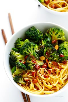 Sesame Noodles with Broccoli and Almonds -- ready to go in 20 minutes, and full of the best fresh flavors! | gimmesomeoven.com