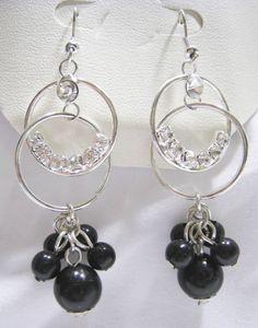 MACY'S Dangling Cystal Rhinestone Black Bead Earrings NW Leatherette Jewelry Box