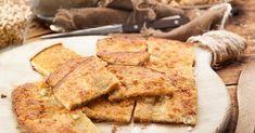 Ηπειρώτικη ζυμαρόπιτα με τυρί (κορκοτό) από την Αργυρώ Μπαρμπαρίγου | Εύκολη, γρήγορη και απλή συνταγή με λίγα υλικά, για νόστιμη τραγανή πίτα χωρίς φύλλο! Camembert Cheese, French Toast, Bread, Breakfast, Recipes, Food, Instagram, Morning Coffee, Eten