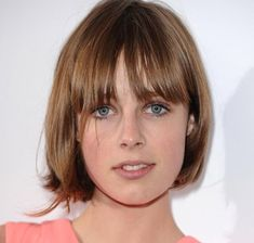 Top 50 Bob Hairstyles for Women: Edie Campbell   #bobhair #shorthairstyles #hairstyles