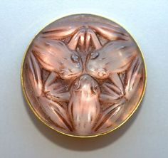 LALIQUE GLASS FROGS BROOCH C 1920'S