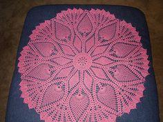 Ruby's Pineapple and Diamonds Centerpiece pattern by Sarah Al-Amri