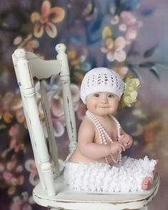 Look at this...what a pretty baby... What a silly looking little half sheep looking outfit. Haha
