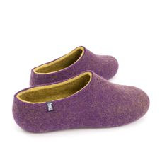 Wooppers DUAL purple lime | wooppers. Beautifully handmade woolen felted slippers.