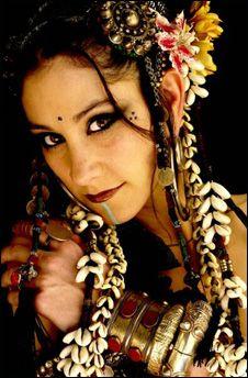 tribal fusion dancer - Buscar con Google
