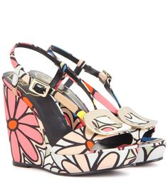 bee683d348 Roger Vivier - Chips printed wedge sandals - Roger Vivier s update to the  classic summery wedge