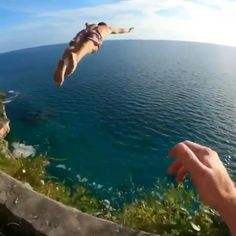 Beautiful Places To Travel, Cool Places To Visit, Places To Go, Parkour, Amazing Gymnastics, Wow Video, Crazy Funny Videos, Crazy People, Photo Instagram