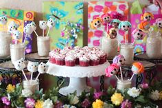 Cake Pop Stand Ideas | Amy's Craft Bucket: Family Party: How to Display Cake Pops
