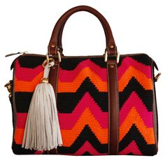 Anika Wayuu Handbag -Bargello design