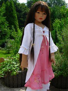 2703861974_0a28e4ccfb_b | Flickr - Photo SharingAnnette Himstedt dolls