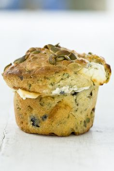 Marcus Wareing's olive and feta muffin recipe makes a wonderfully-flavoured accompaniment to dinner or a delightful snack or brunch item. Switch out the flour for almond flour. Brunch Items, Little Lunch, Good Food, Yummy Food, Savoury Baking, Savoury Cake, Savory Snacks, Savory Muffins Healthy, Fingers Food