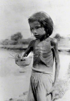 File photo shows a girl with signs of malnutrition in Hengyang of central China's Hunan Province, in the wartime of Japanese aggression to China during World War II.