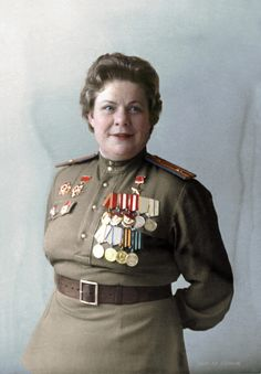 Major Nadezhda Nikiforovna Fedutenko - Hero of the Soviet Union - Soviet dive bomber squadron commander of World War II Guards