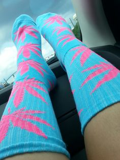18 Incredibly Cute Socks For Stoner Chicks | StonerMotivation.com