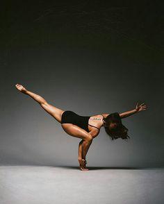 ideas for jazz dancing poses strength Yoga Dance, Dance Poses, Yoga Inspiration, Yoga Meditation, Yoga Position, Beautiful Yoga Poses, Yoga Photos, Yoga Moves, Yoga Art