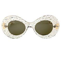 1950's Lucite Sunglasses | Wardrobot ™ #vintage #vintagefashion #wardrobot
