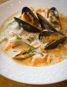 Seafood Chowder – Butter, Onions, Carrots, Celery, Leek, Fish Stock, Salt & Pepper, Lemons, Salmon, Mussels, Smoked Haddock, Cod, Double Cream, Dill