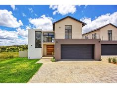 Property for Sale: Houses for sale Private Property, Property For Sale, Golf Estate, Property Search, Number, Mansions, Architecture, House Styles, Places