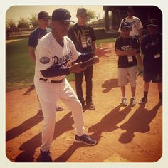 Bunting lessons by Dodger great Maury Wills (taken Mar 11, 2012)