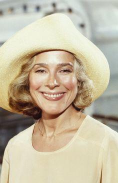 Joan Hackett-(3/1/1934)-(10/8/1983)