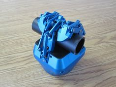 """Robotiq robot hand called """"Adaptive Gripper"""" with under-actuated fingers"""