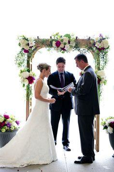 Photography: Rodeo & Co. Photography - rodeoandco.com/ Stationery: Wedding Paper Divas - weddingpaperdivas.com Photography: Emily Herzig Floral Studio - ehfloral.com  Read More: http://www.stylemepretty.com/2011/07/28/spring-okemo-mountain-resot-wedding-from-emily-herzig-floral-studio/