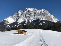 Tiroler Winter erleben #klockerhof #familiekoch #dashotelfürentdecker #zugspitzarena #tirol #winter #schnee Winter Schnee, Mount Everest, Mountains, Nature, Travel, Zugspitze, Viajes, Traveling, Nature Illustration