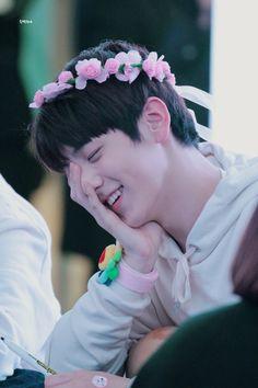 """© Subak For Soobin Kai, Rapper, Stylish Boys, Chica Anime Manga, Flower Boys, Fandom, K Idols, South Korean Boy Band, Mini Albums"