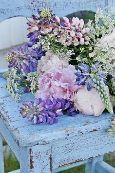 Chippy blue with light pink & lavender flowers
