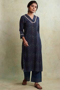 Designer Wear: Shop Designer Ethnic Wear by Farida Gupta Kurti Neck Designs, Kurta Designs Women, Indian Wear, Indian Attire, Indian Fashion, Womens Fashion, Indian Outfits, Contrast, High Neck Dress