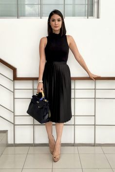 Black Shell Blouse and Black Accordion Pleat Skirt #heartevangelista#allblack