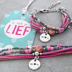 BY MY VALENTINE || Speciaal ontworpen voor Valentijn deze limited edition armbandjes nu online verkrijgbaar. Zijn ze niet schattig? Verras jou valentijn! #bracelet #handmade #jewelry #valentijn #lovely #sweet #valentine #jewels