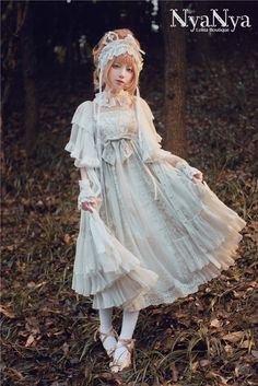 NyaNya Lolita -Carol of the Nightingale- Lolita Long Version JSK - Round Preorder Cute Dresses, Vintage Dresses, Flower Girl Dresses, Quirky Fashion, Asian Fashion, Harajuku Fashion, Kawaii Fashion, Visual Kei, Fairytale Fashion