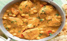 Ainsley's Alabama chicken (aka chicken brummie balti).  Yum!