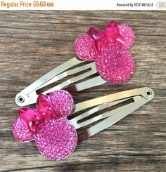 SALE Minnie Mouse Hair Clips-Minnie Mouse by TwinLoveCreations