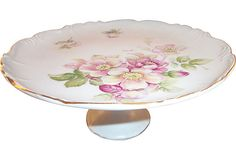So pretty...........Floral Cake Stand