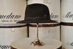 "Indiana de lana ""Rodeo"", color marrón. Woolen Indiana ""Rodeo"" hat, brown colour."